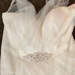 Off white simple netting and chiffon wedding gown